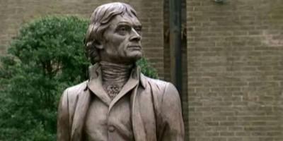 Demonstran Robohkan Patung Thomas Jefferson, Presiden AS ke 3