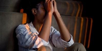Studi Mengungkap Anak Muda Lebih Rentan Kesepian Daripada Orang Tua