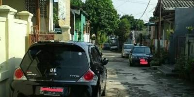 Kenapa Orang Parkir Mobil Sembarangan? Simak Alasannya