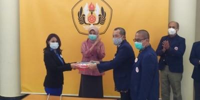 Rektor Unpad Saksikan Sertijab Pengurus IKA Unpad